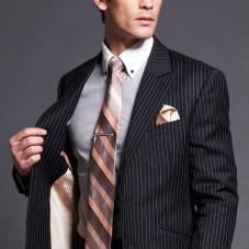 男士怎样搭配出好看的职业装