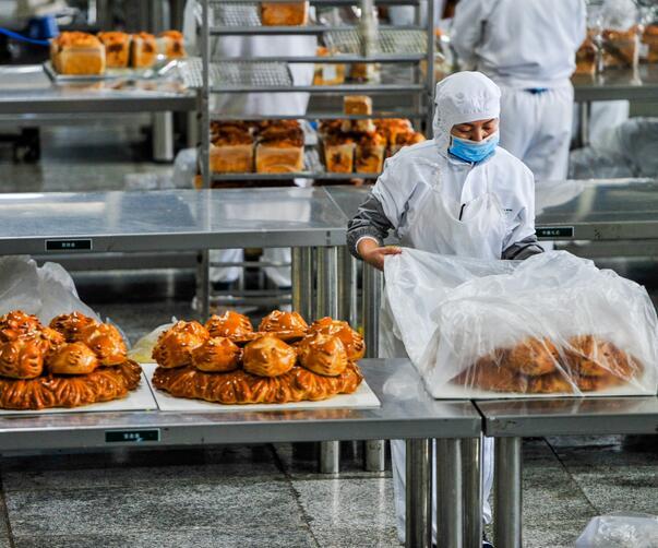 食品车间从业人员的工作服要求